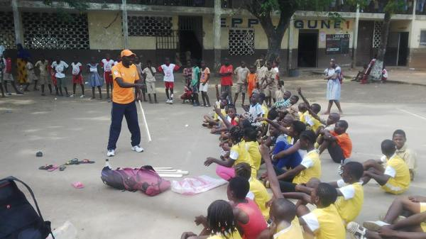 Comme en France, le cricket ivoirien mise sur les écoles pour se développer