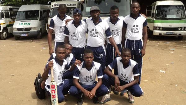 Les Meilleurs Batteurs ont mérité leur nom en s'imposant en finale du premier championnat national ivoirien de cricket